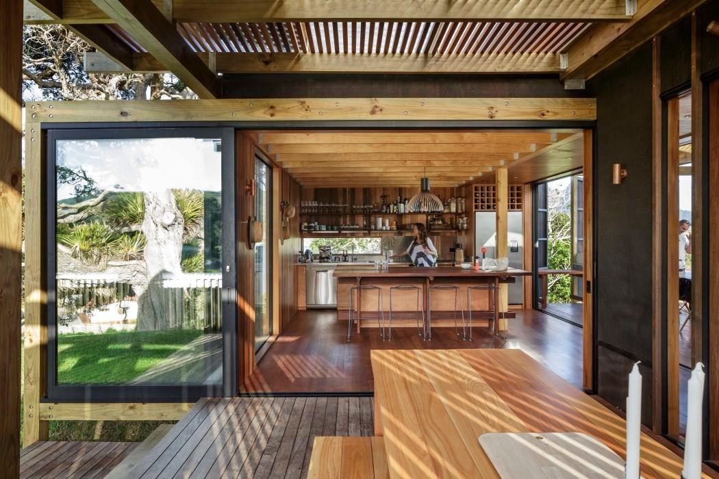 New Zealand Beach House Transforms Into Open Aired
