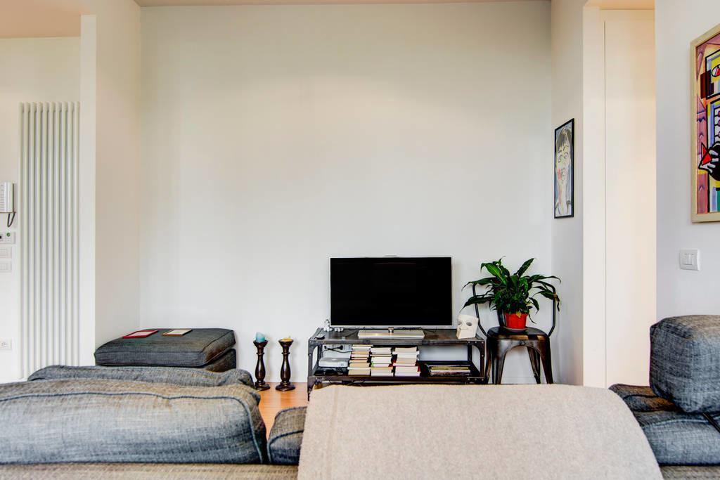 Newly Renovated Apartment Milan Apartments Rent