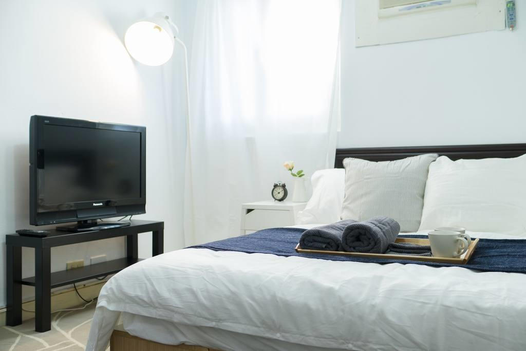 Nice Minimal Apartment Min Ximen Mrt Apartments