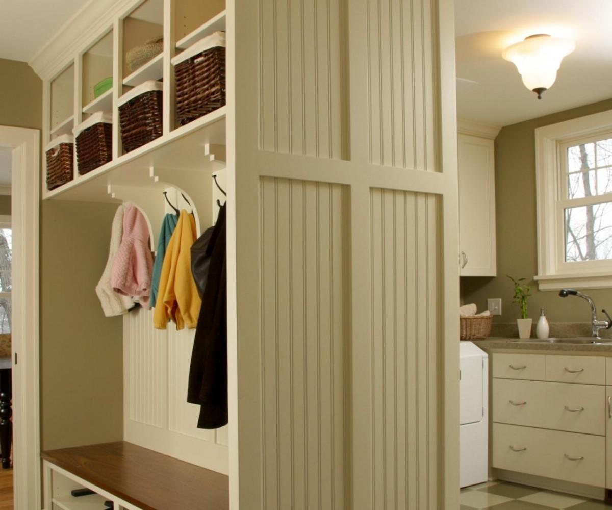 Nice Small Mudroom Ideas Tips Advice