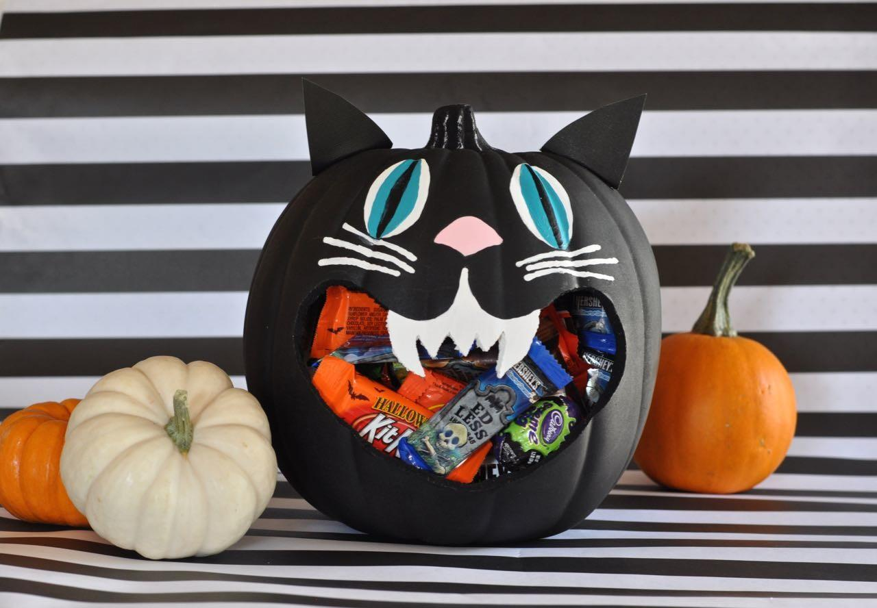 Now Your Cute Halloween Candy Bowl Complete