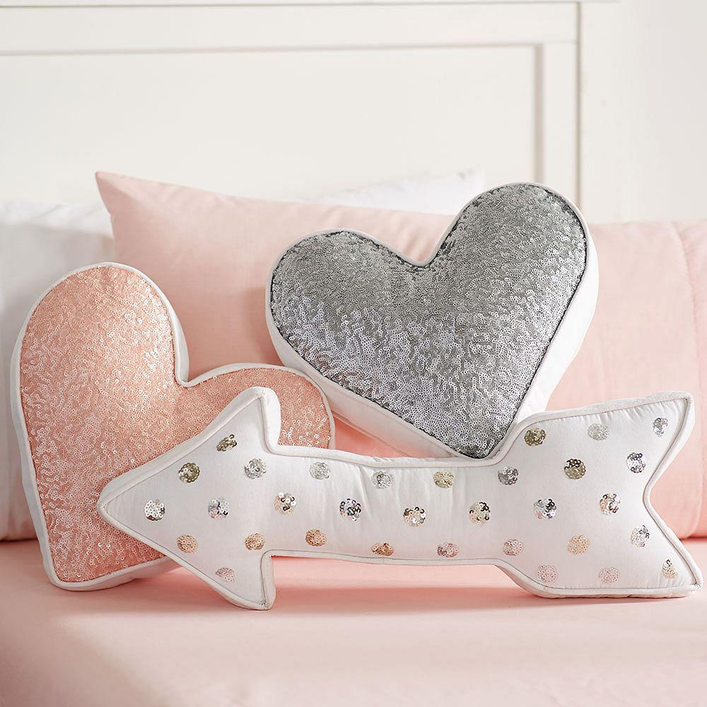 Nursery Accent Pillows Project