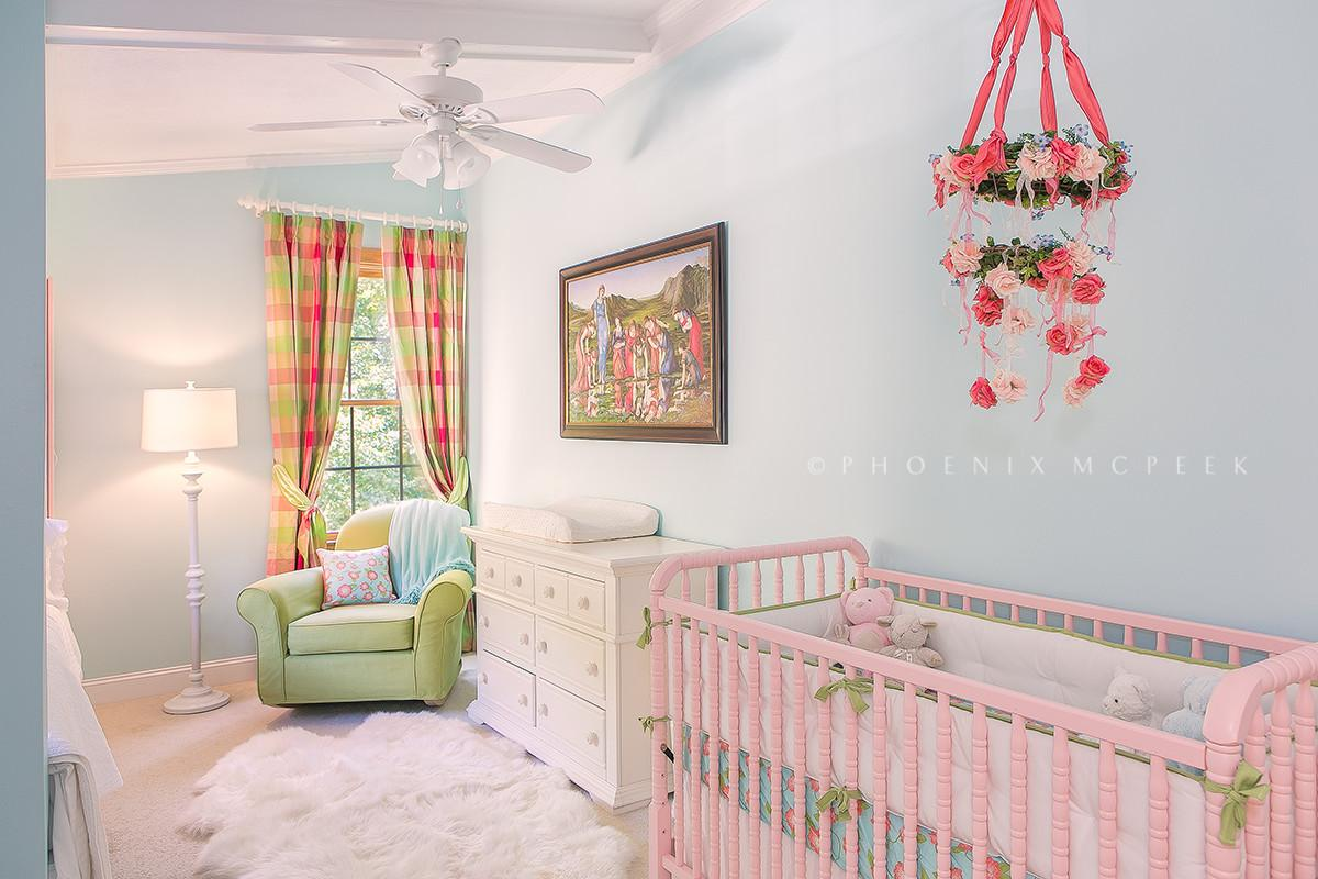 Nursery Trend Floral Wreath Mobiles Project