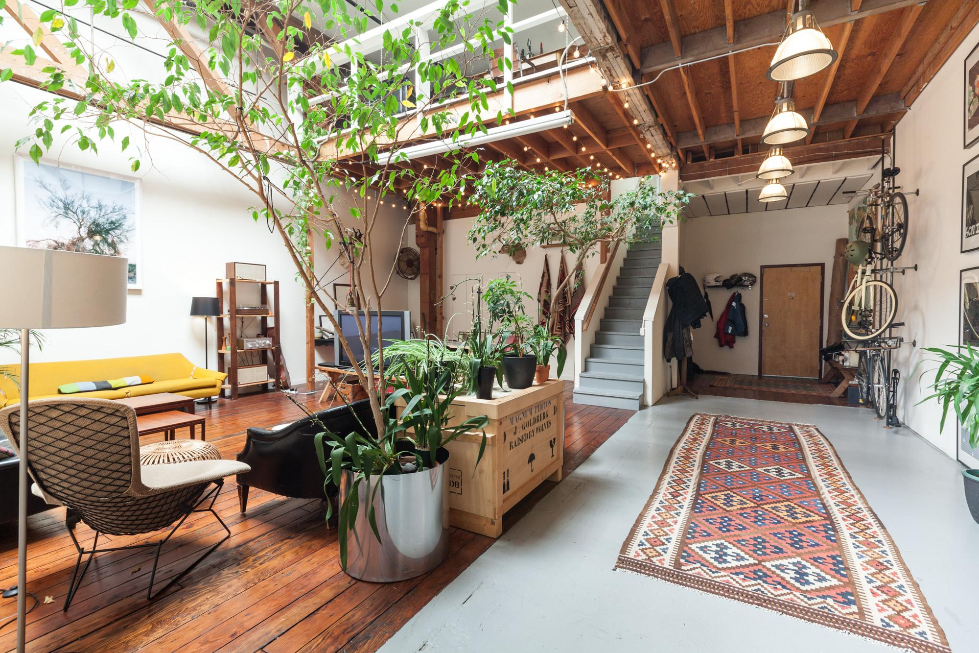 Oakland Now Curbed