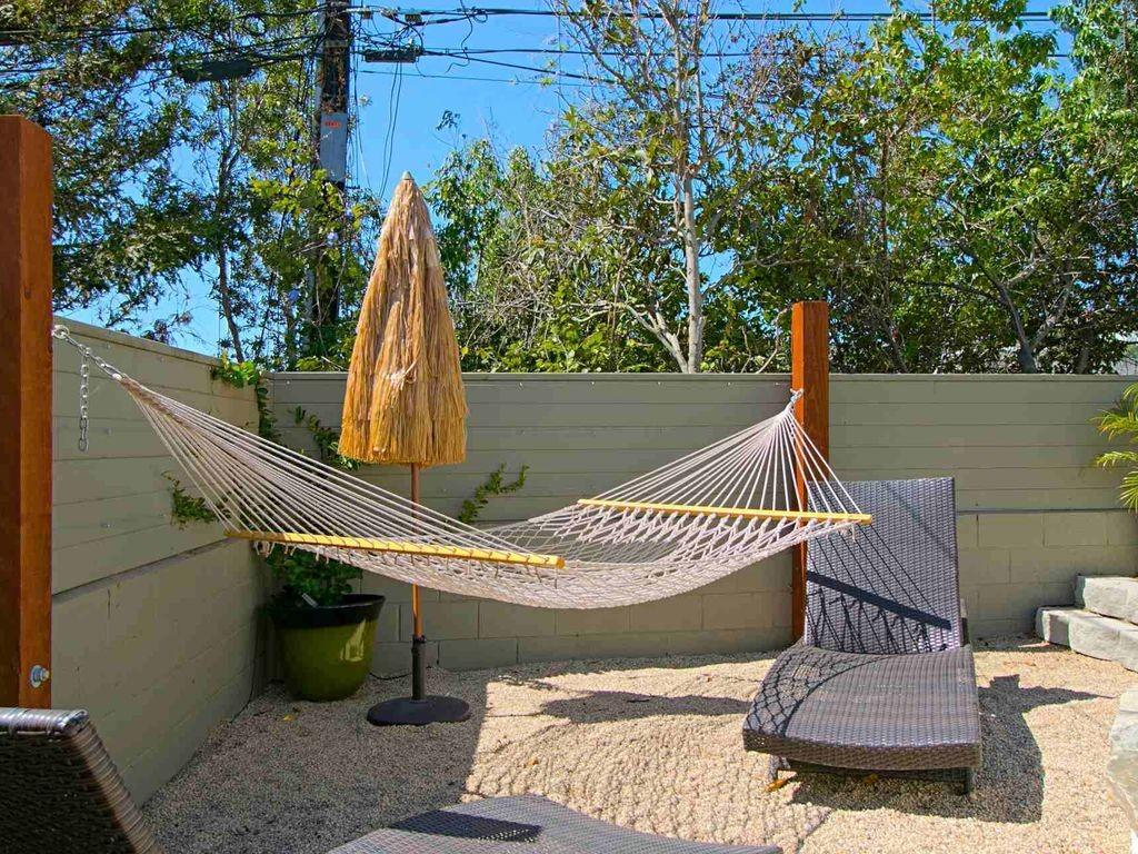 Ocean Breeze Cottage Views Patio Bbq Hammock