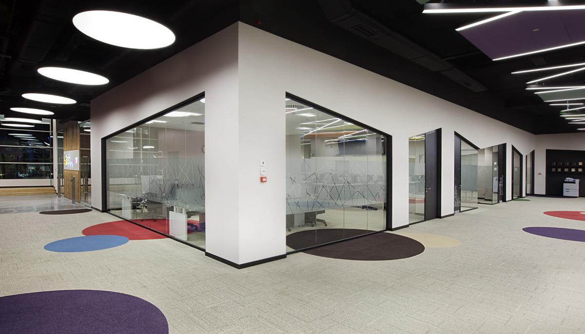 Office Vinyl Carpet Tiles Flooring Dubai Interiors
