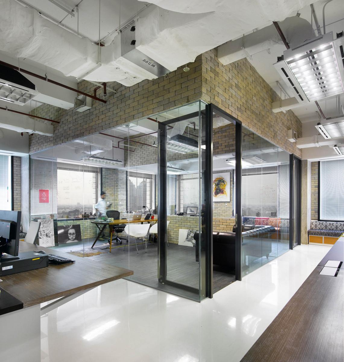 Office Workspace Transparency Room Creative
