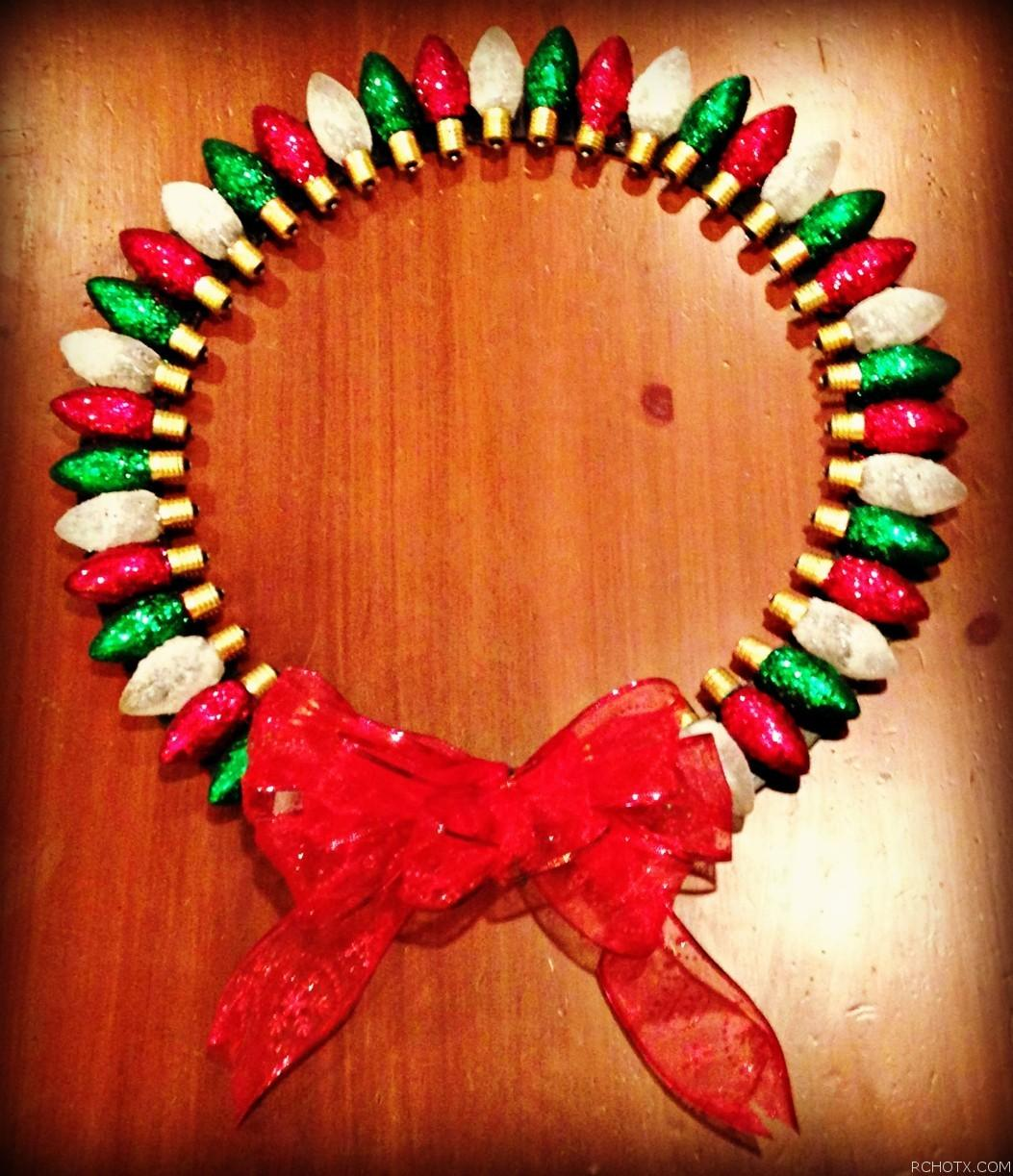 Old Fashioned Light Bulb Wreath Real Cheap Housewives