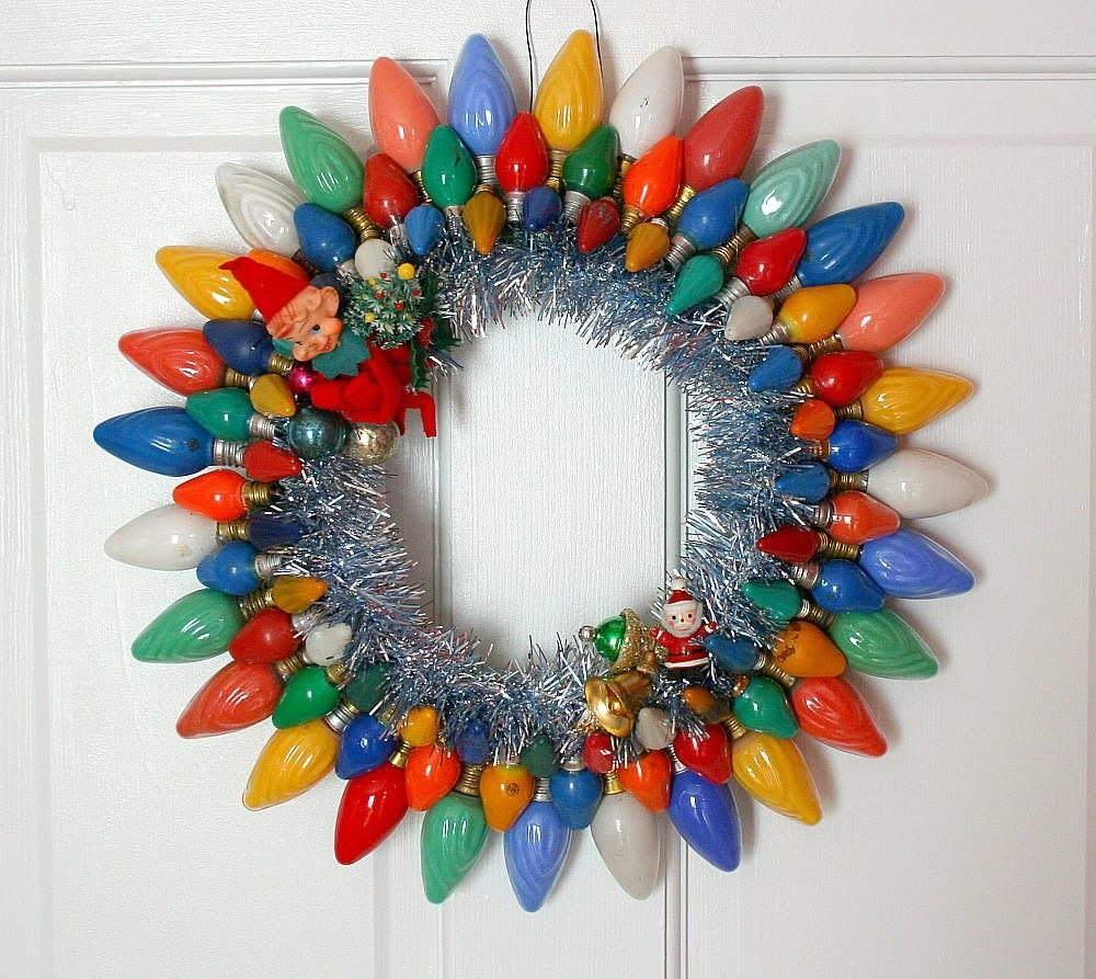 Old Light Bulb Christmas Wreath Xmasblor