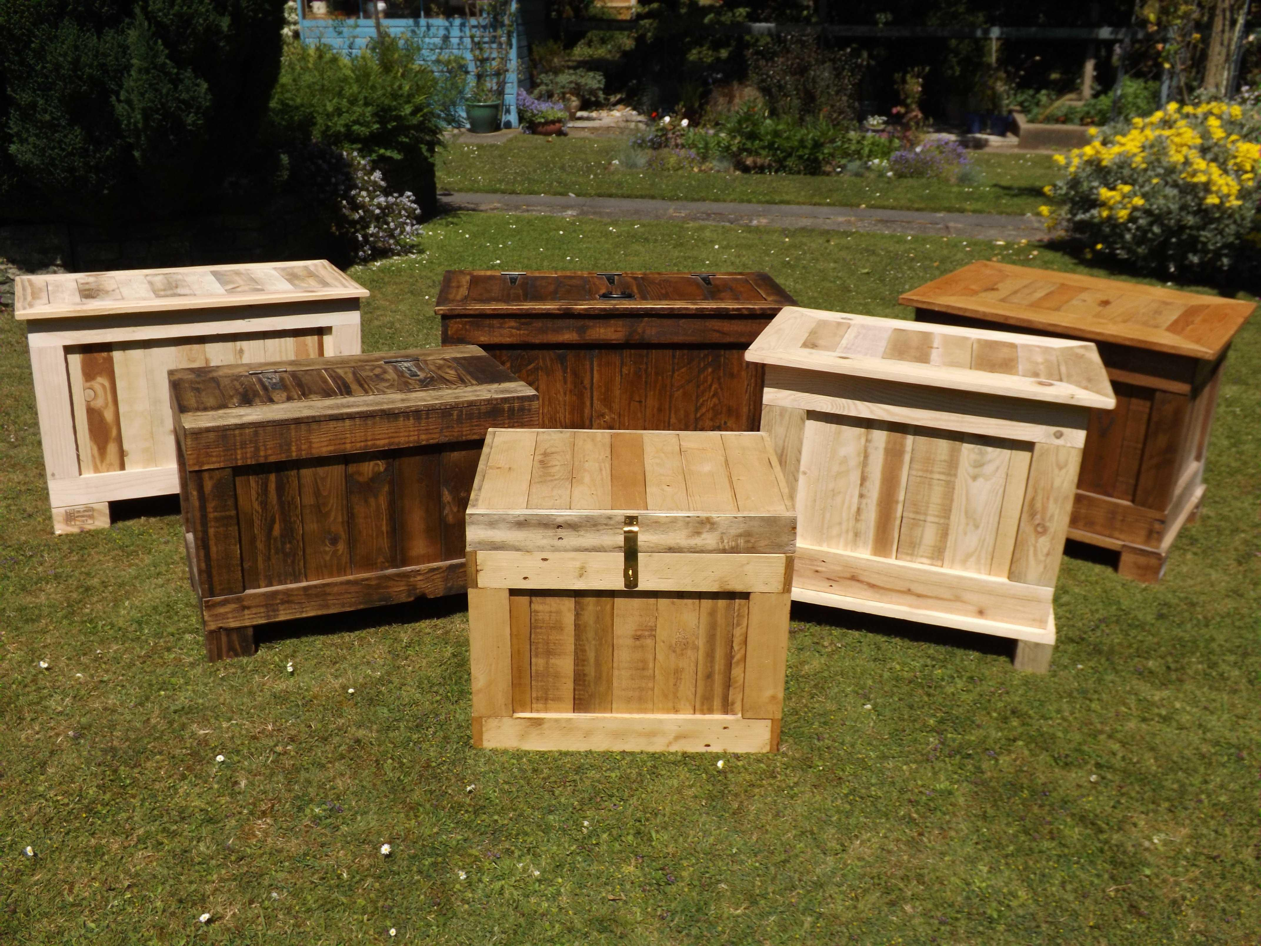 Ottomans Storage Boxes Made Recycled Wood Recyclart