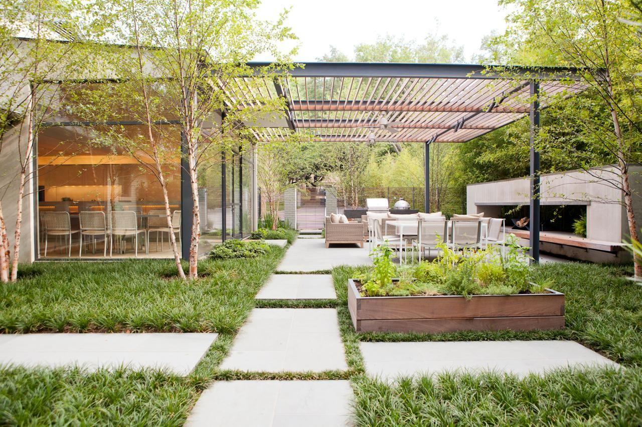 Our Favorite Outdoor Cooking Dining Areas