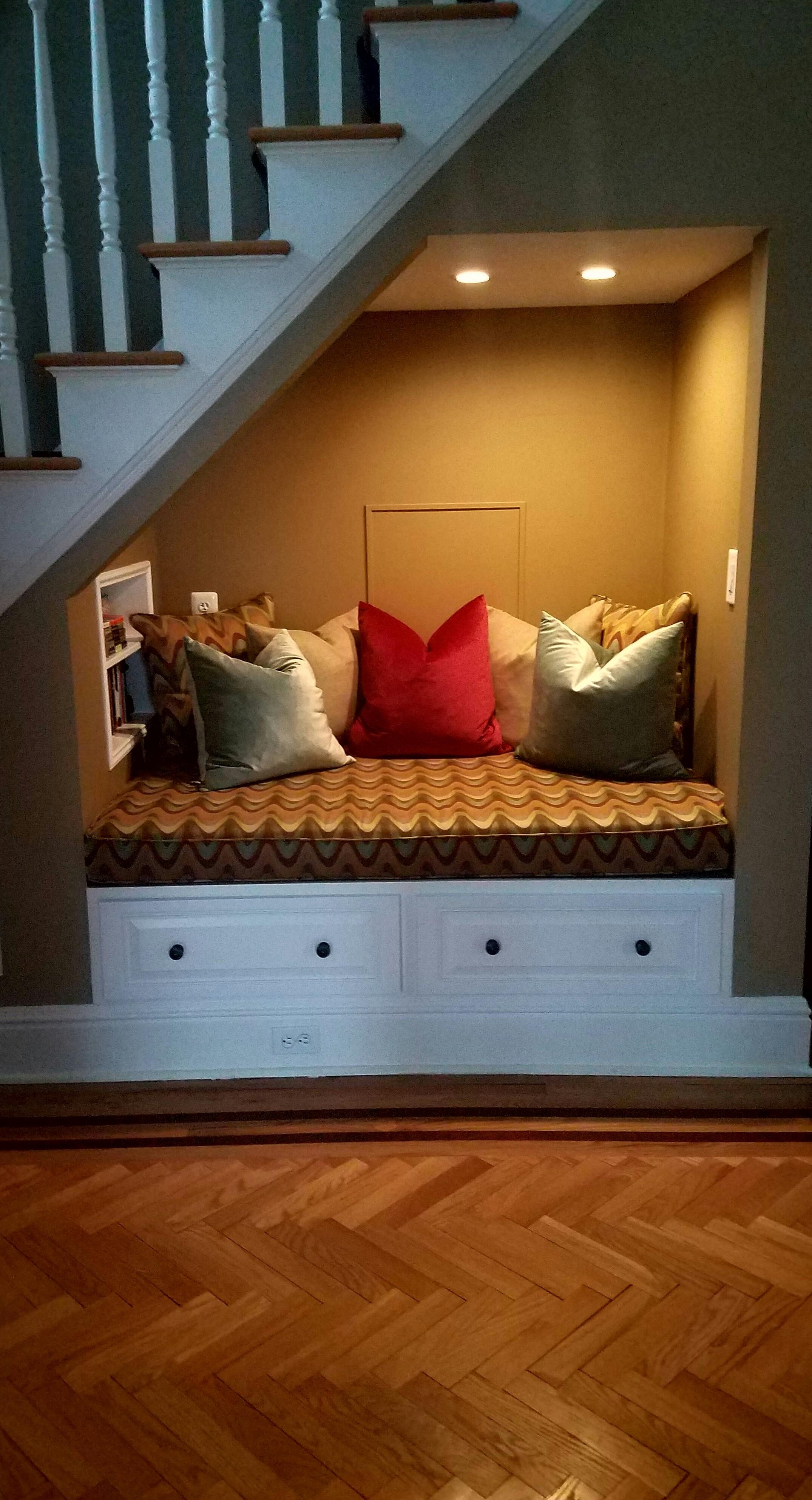 Our Reading Nook Under Stairs Cozyplaces