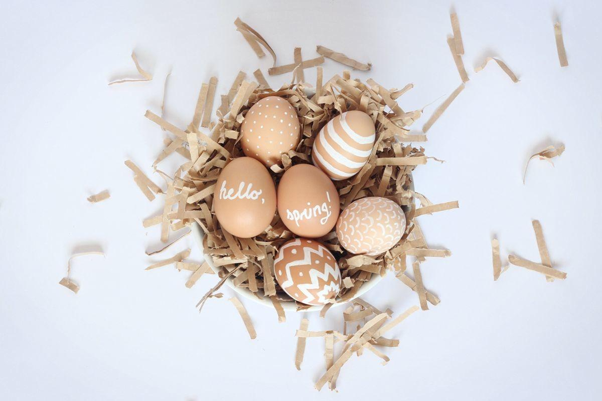 Out Box Easter Egg Decorating Ideas