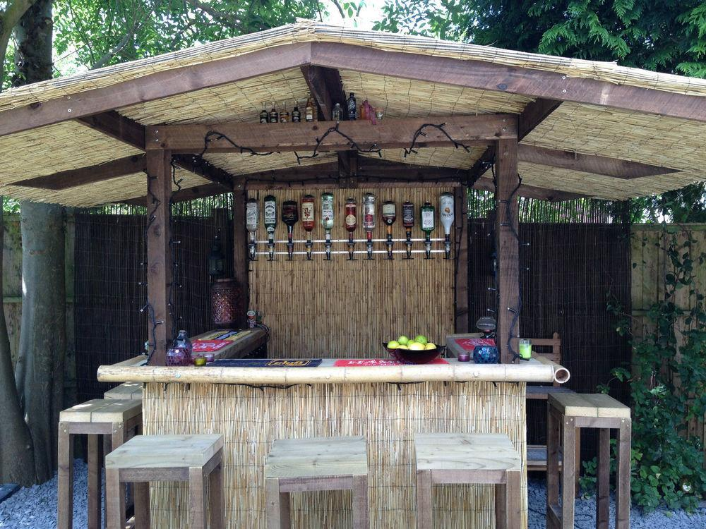 Outdoor Bar Home Garden Thatched Roofed Tiki