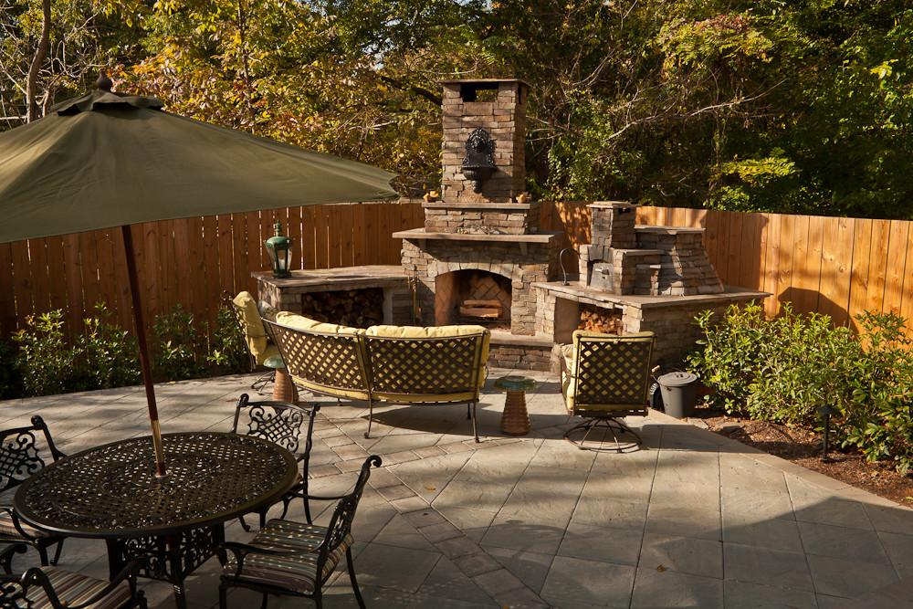 Outdoor Captivating Living Area