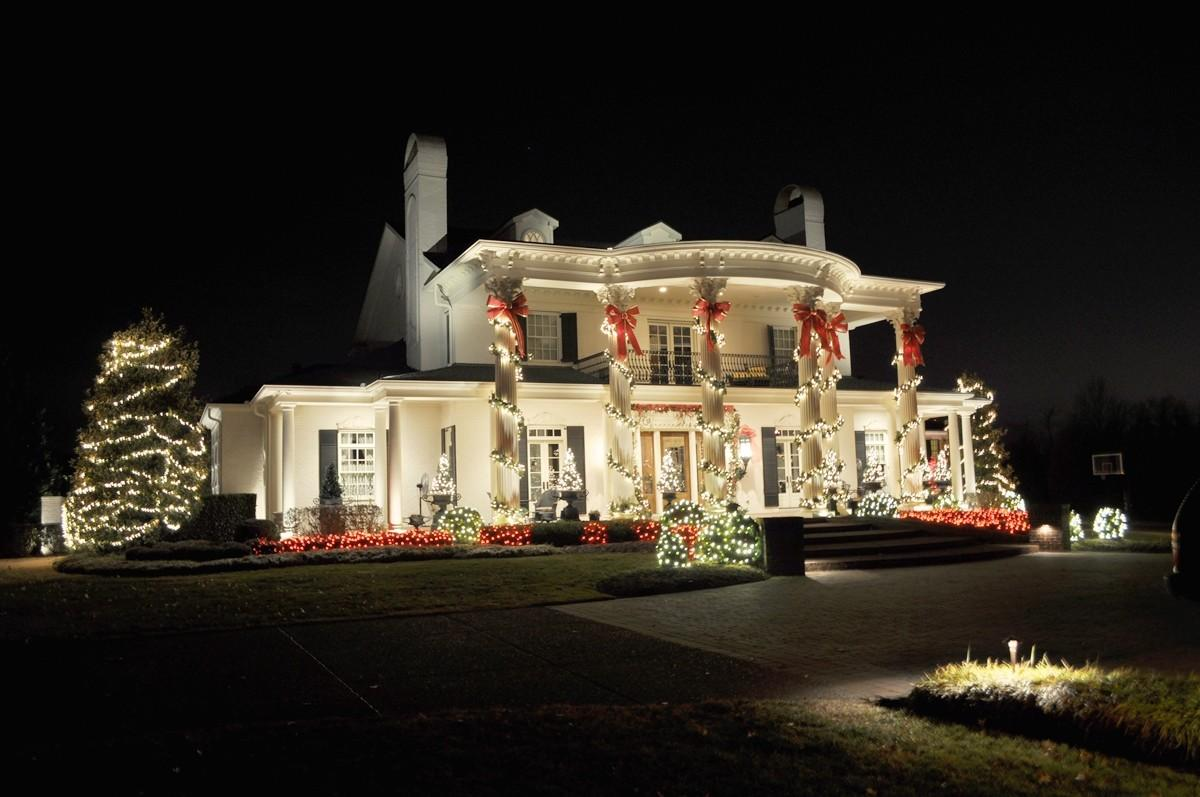 Outdoor Christmas Lights Decorating Ideas All