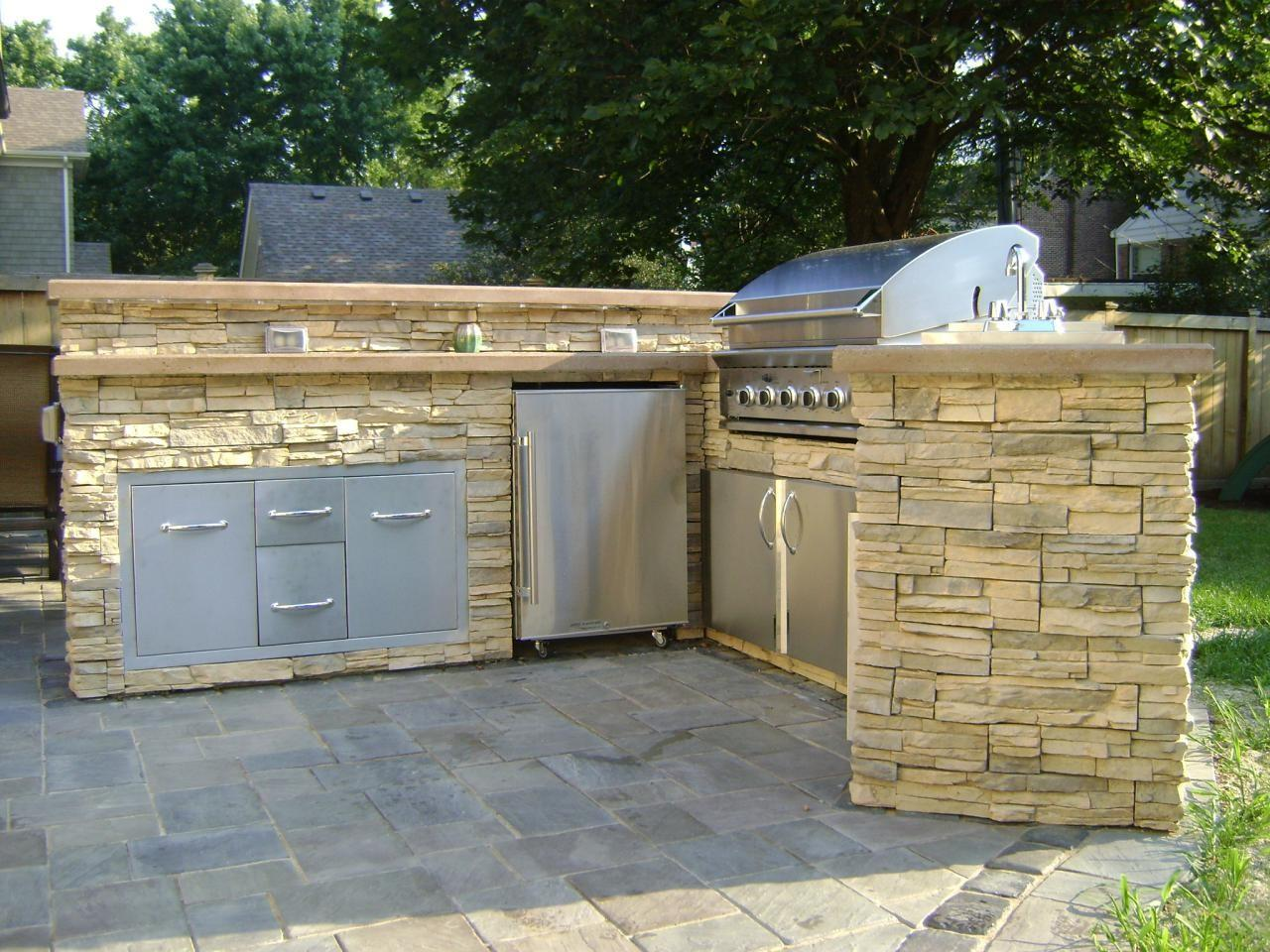 Outdoor Kitchen Ideas Budget Tips