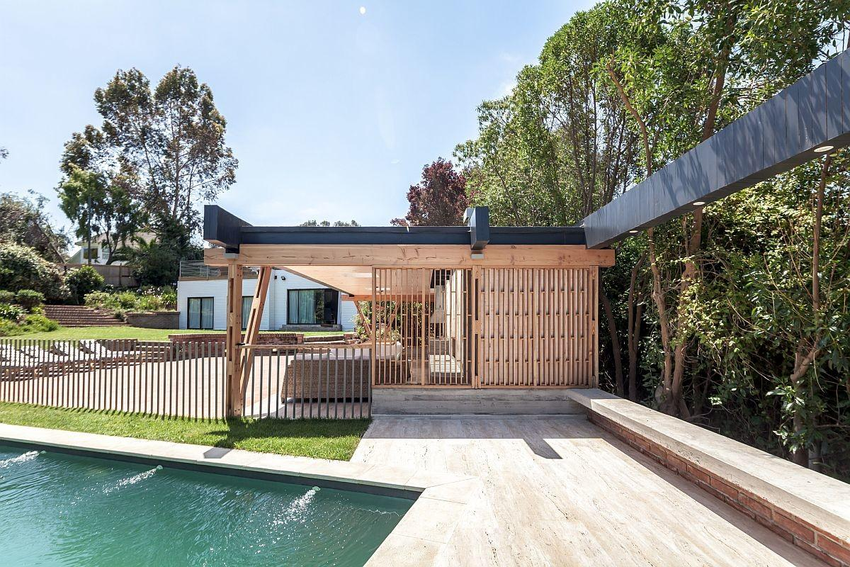 Outdoor Living Its Breezy Best Modern Beach Pavilion