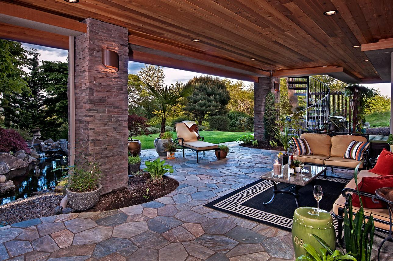 Outdoor Living Spaces Water Feature Greens