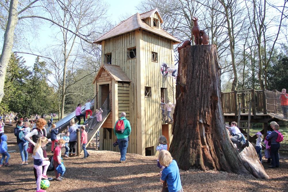 Outdoor Play House Tree Design Decorating Ideas