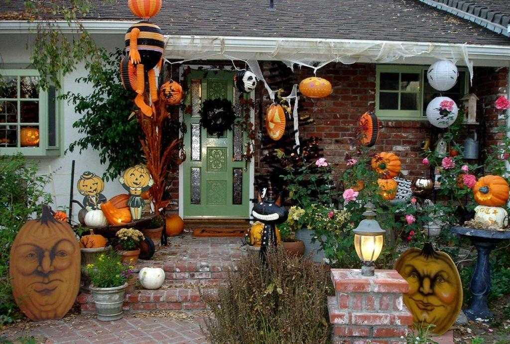 Outdoor Porch Halloween Decorations Ideas Magment