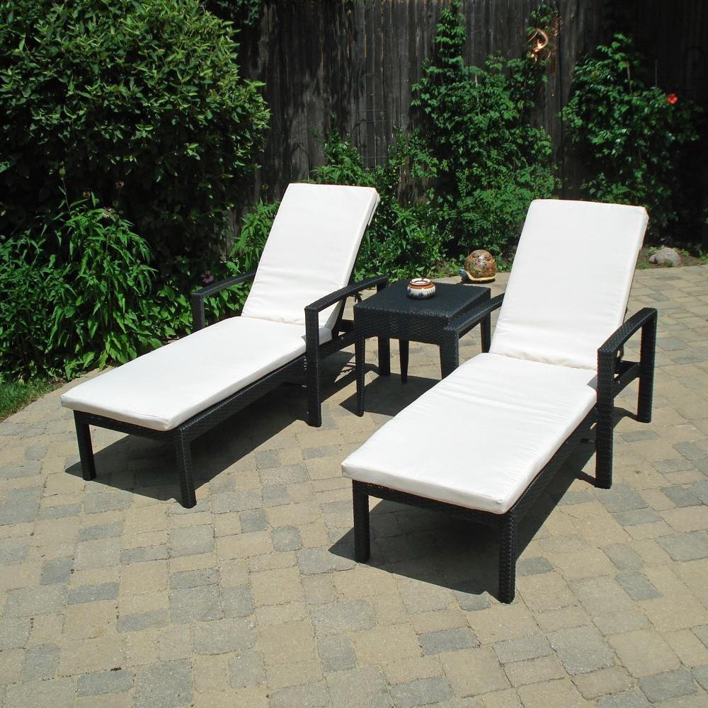Outdoor Wicker Chaise Lounge Chairs Seating