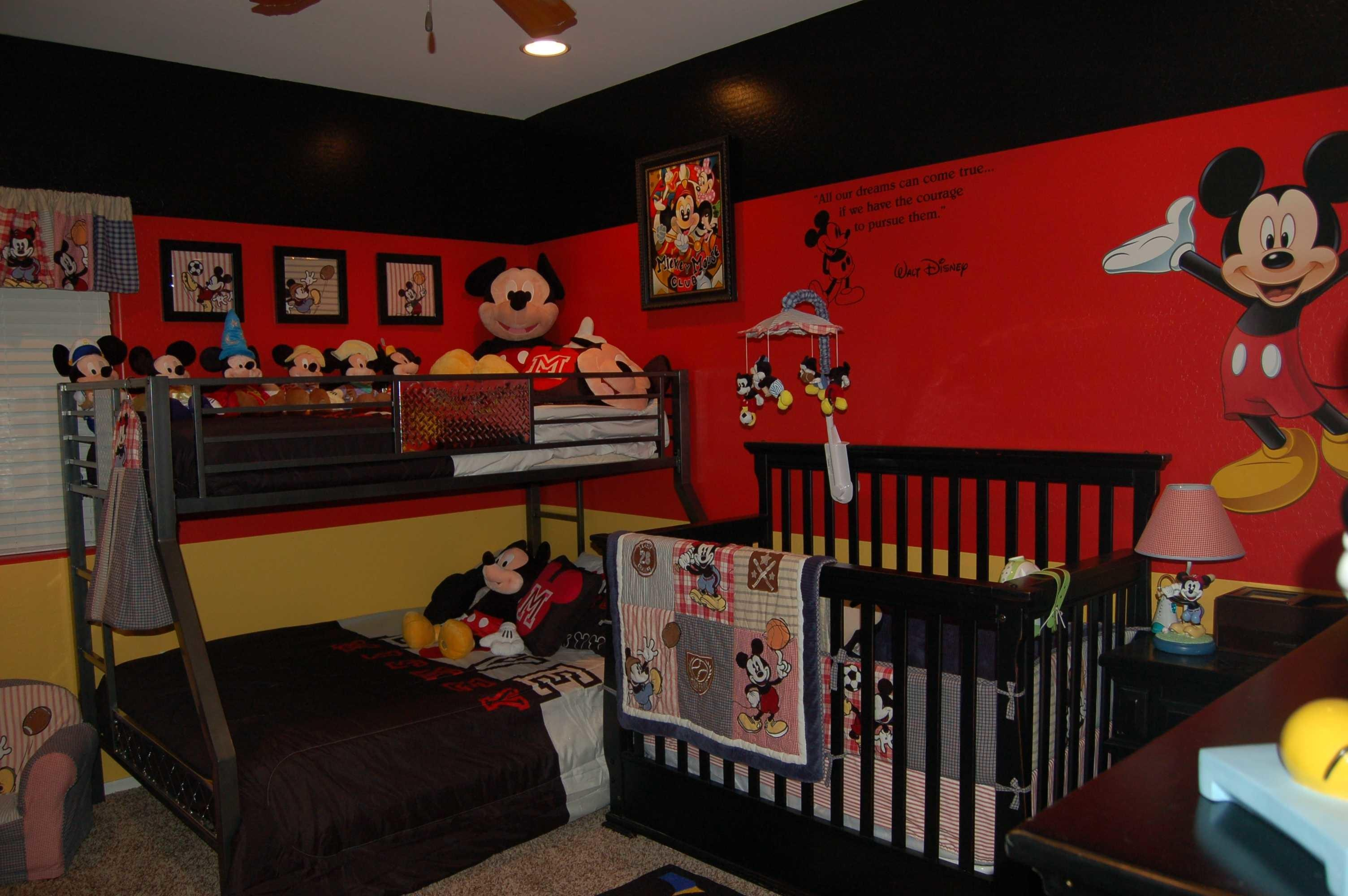 Outstanding Red Minnie Mouse Bedroom Decor Collection