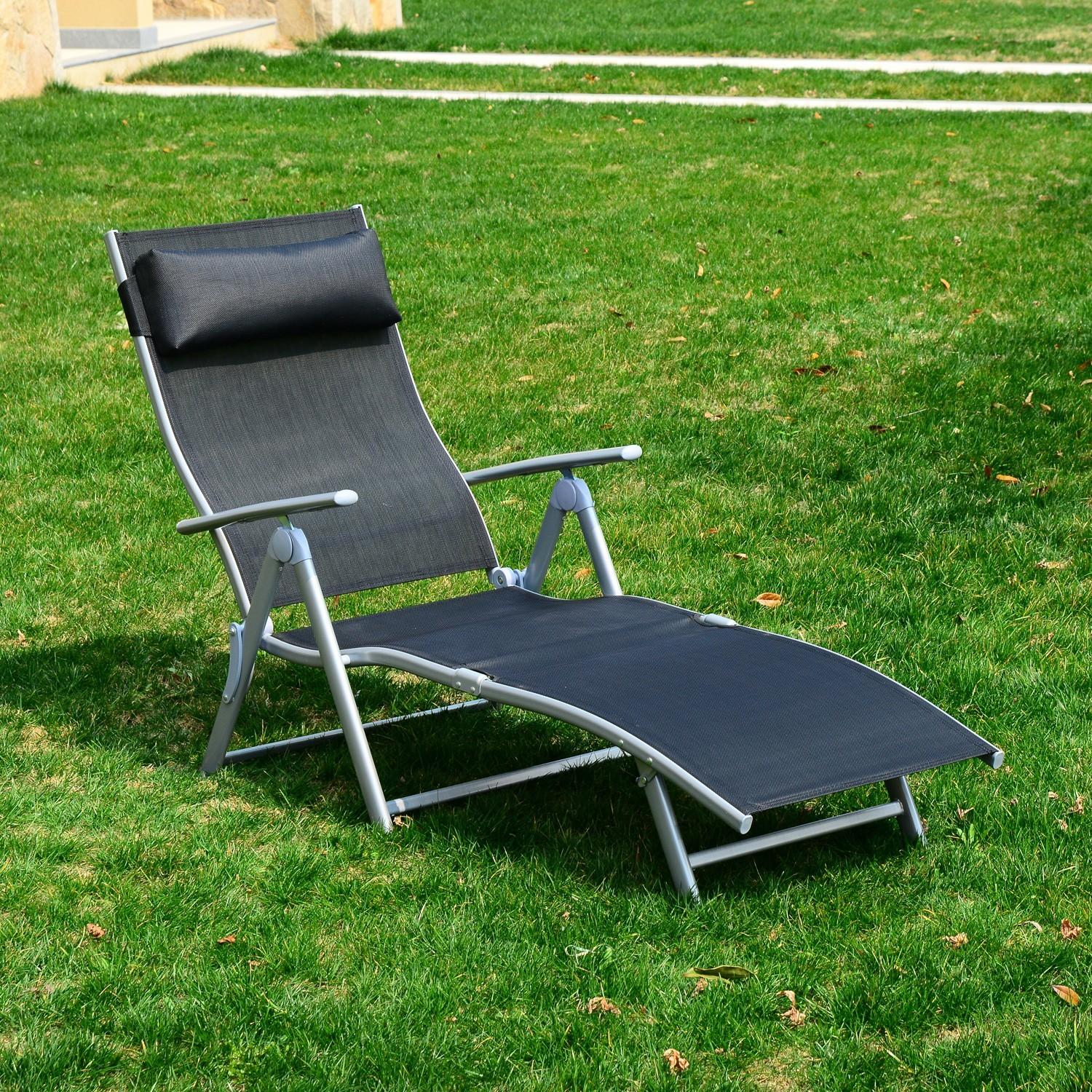 Outsunny Heavy Duty Adjustable Folding Reclining Chair