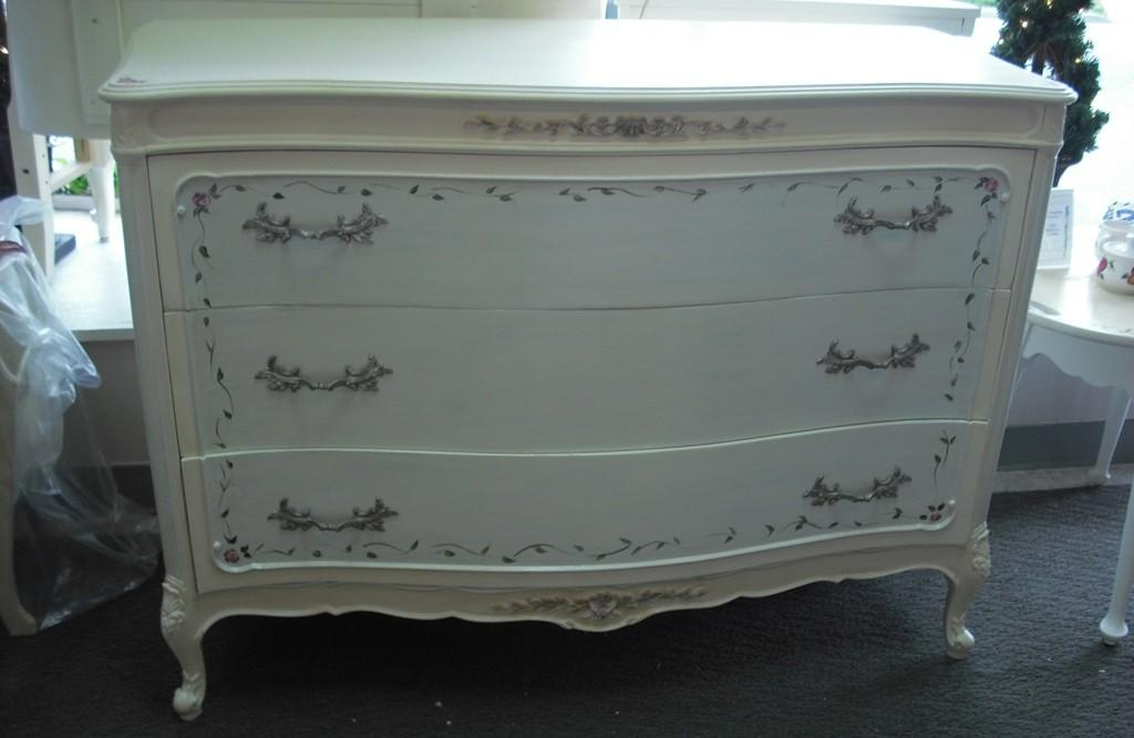 Painted French Provincial Furniture Modern Diy Art