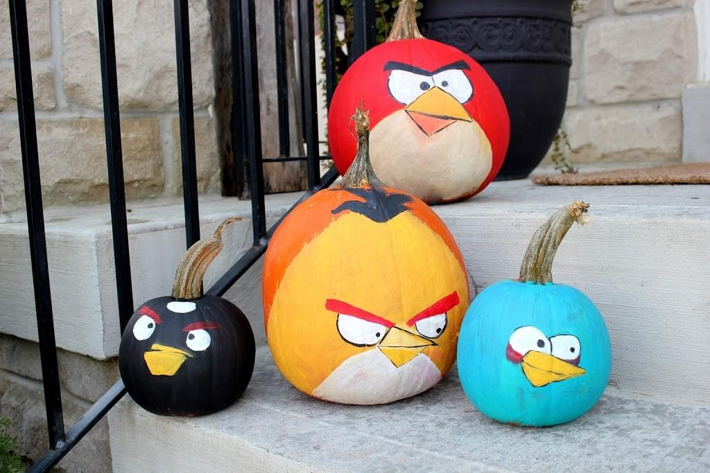Painted Pumpkins Minions