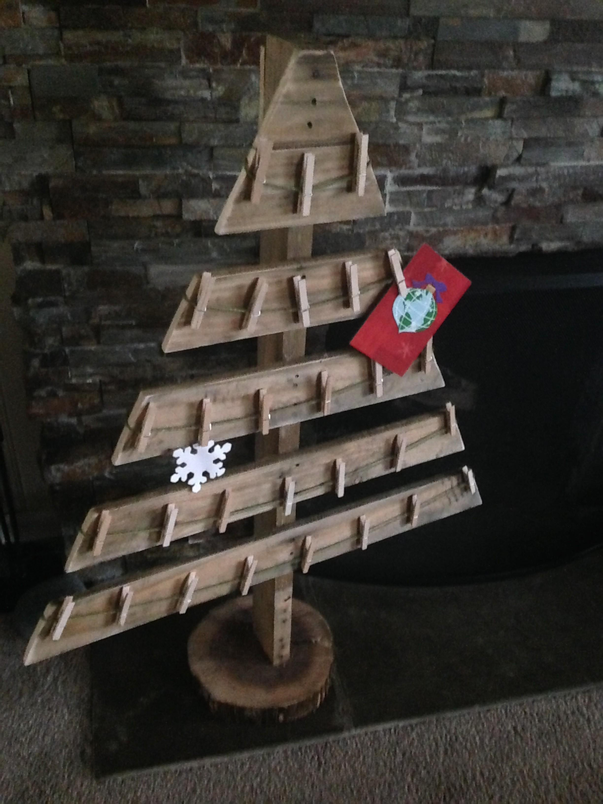Pallet Projects Deck Your Halls Christmas