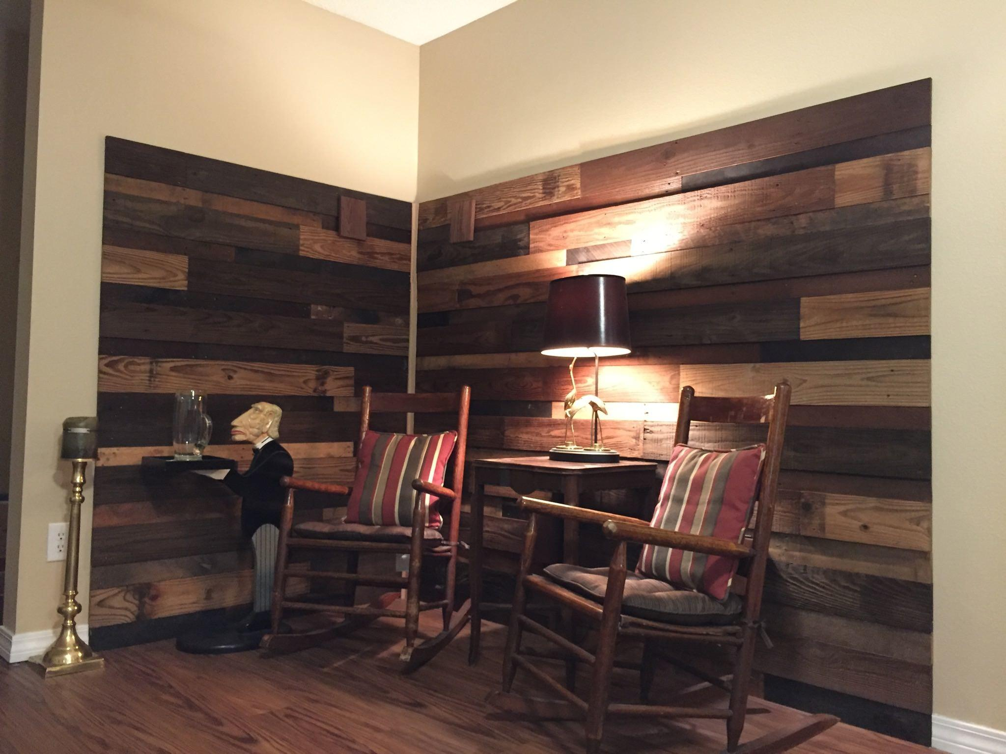 Pallet Stand Faux Fireplace 101 Pallets 100 Cozy