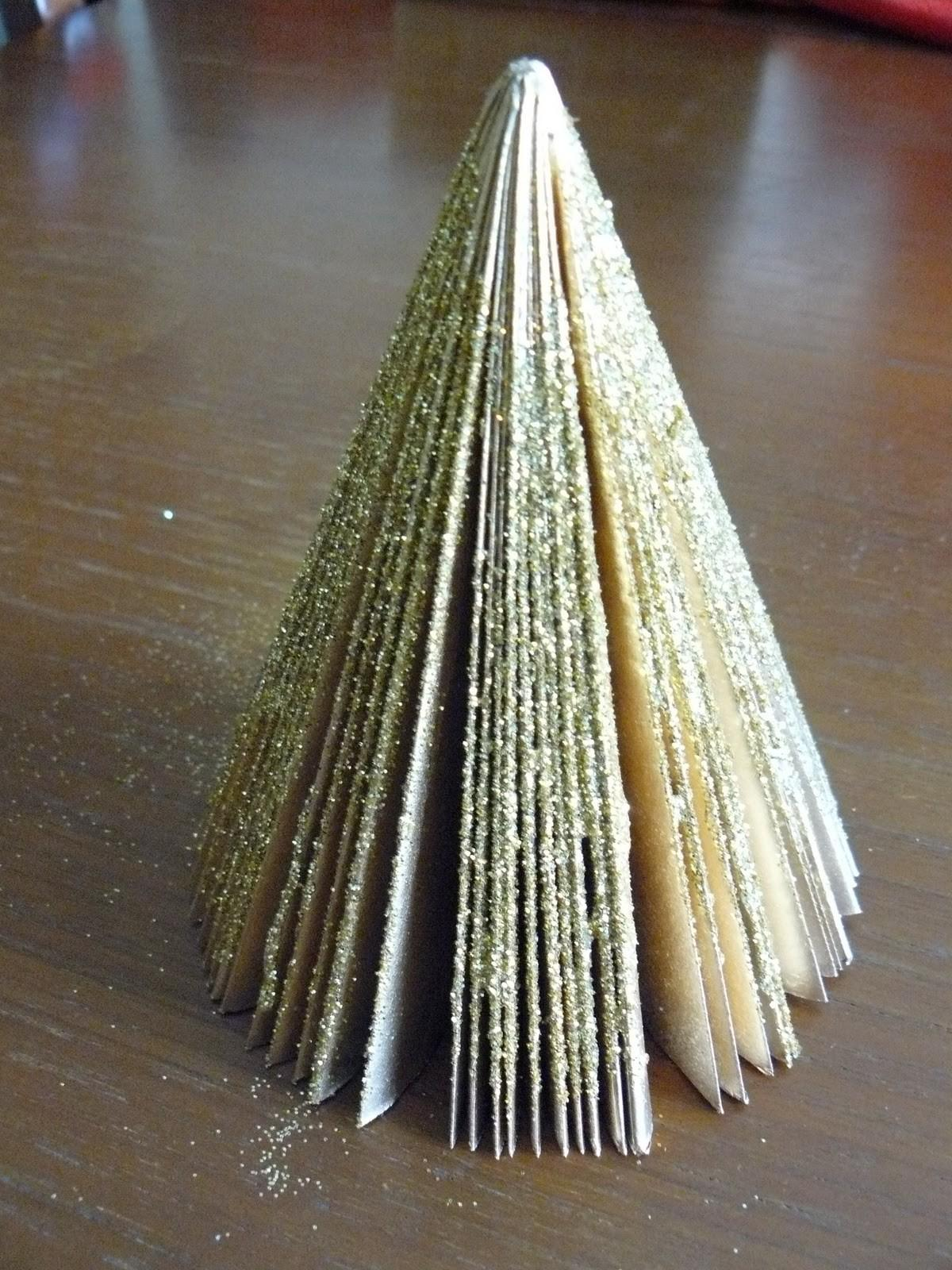 Paper Christmas Tree 10awesome