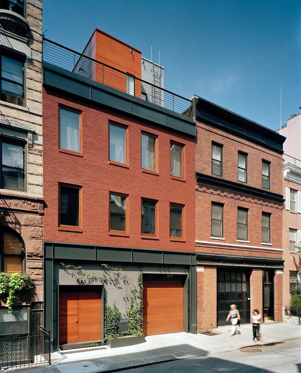 Parking Garage Becomes Nyc Townhouse Drama
