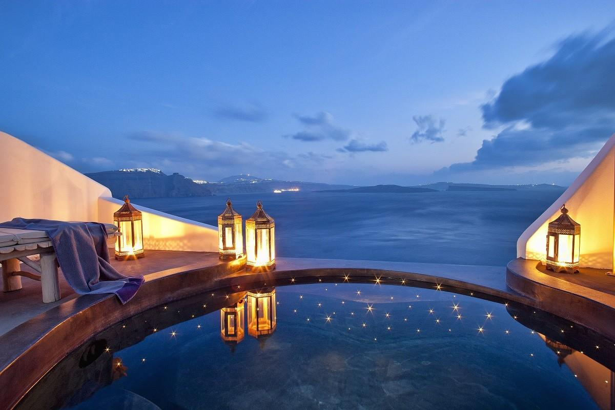 Passion Luxury Top Santorini Hotels Infinity