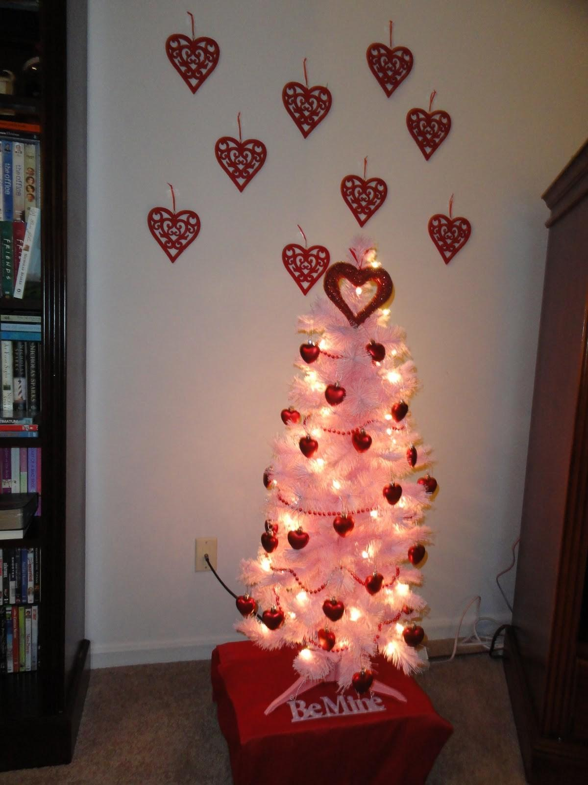 Peppermint Twists Valentine Tree Love