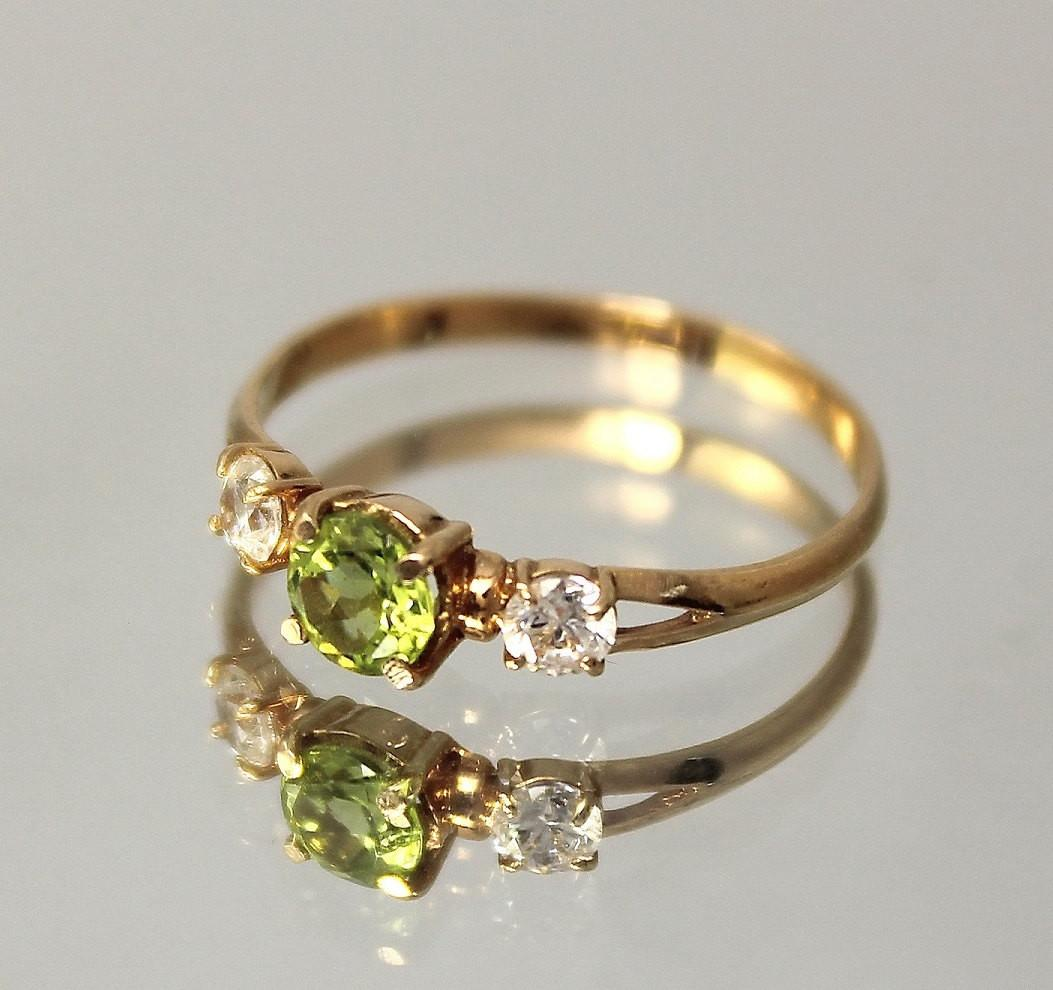 Peridot Ring Green Stone Gold