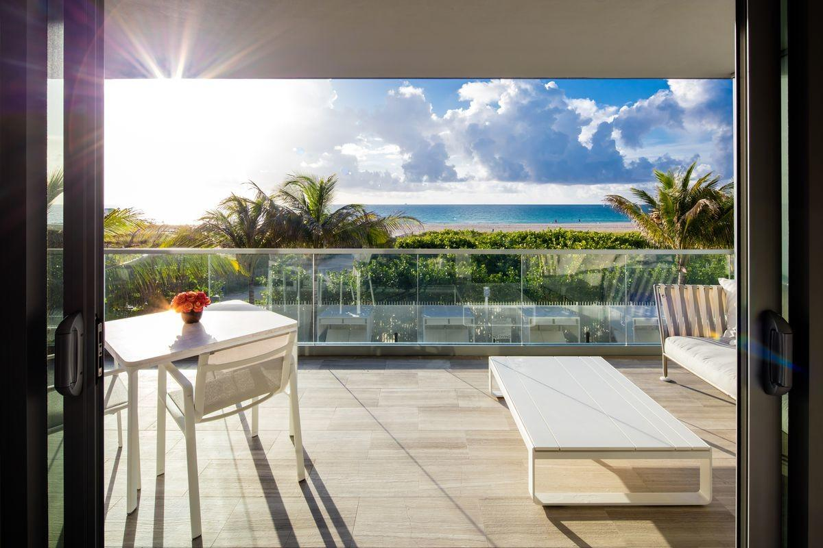 Perla Miami Luxury Real Estate Residence Beach