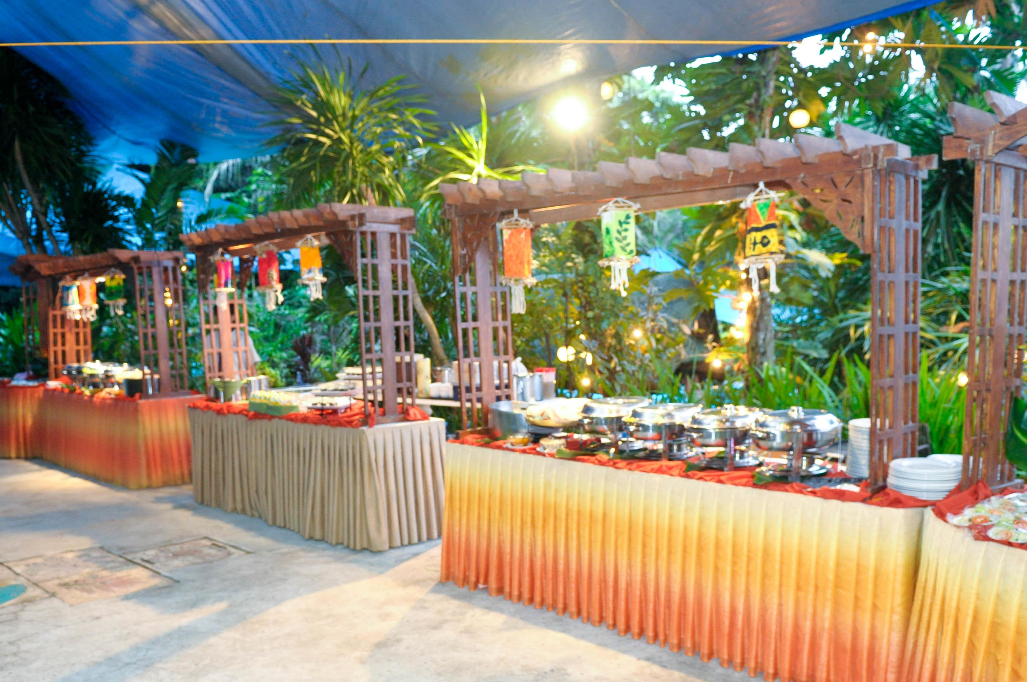 Plan Outdoor Party Steps
