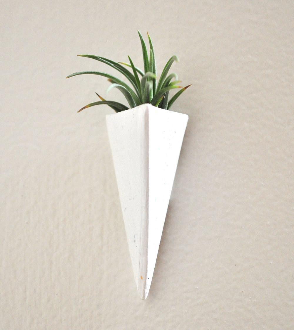 Plant Wall Mount Mini Air Planter White Claydelys1