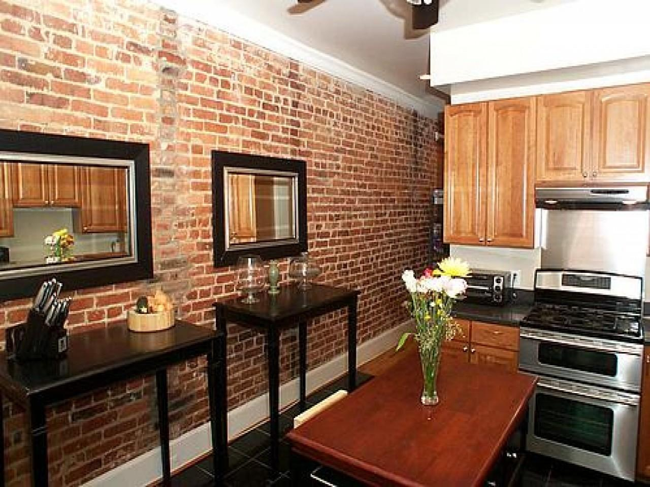 Pleasing Exposed Brick Wall Kitchen Ideas Decorating