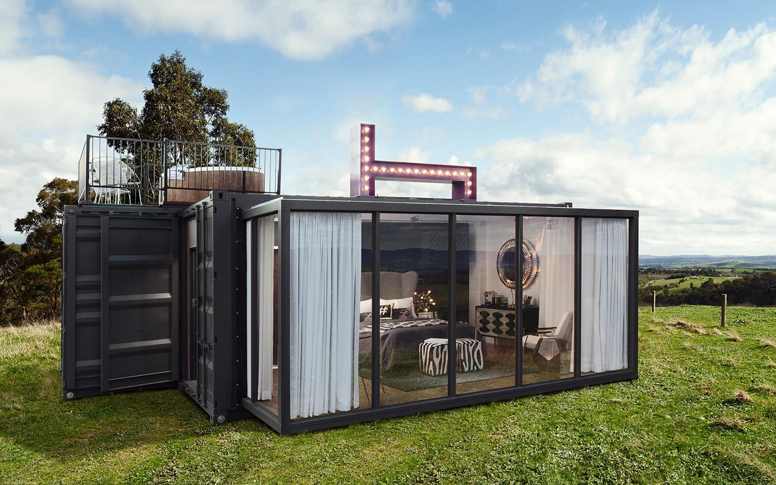 Pop Luxury Hotel Container