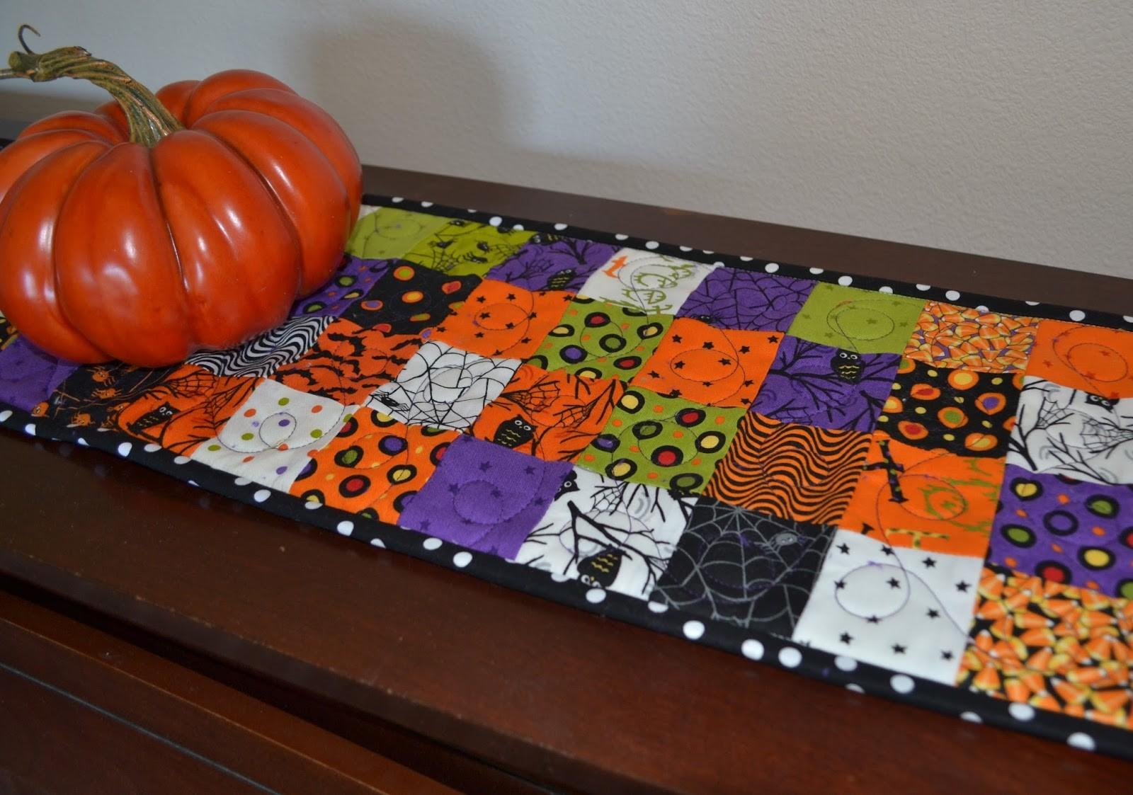 Porch Swing Quilts Monday Finish Halloween Table Runner
