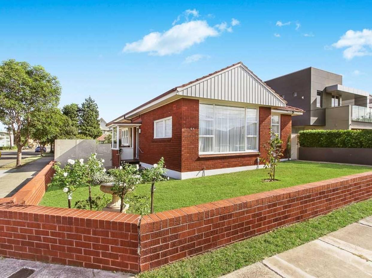 Post War Double Triple Fronted Homes Australia