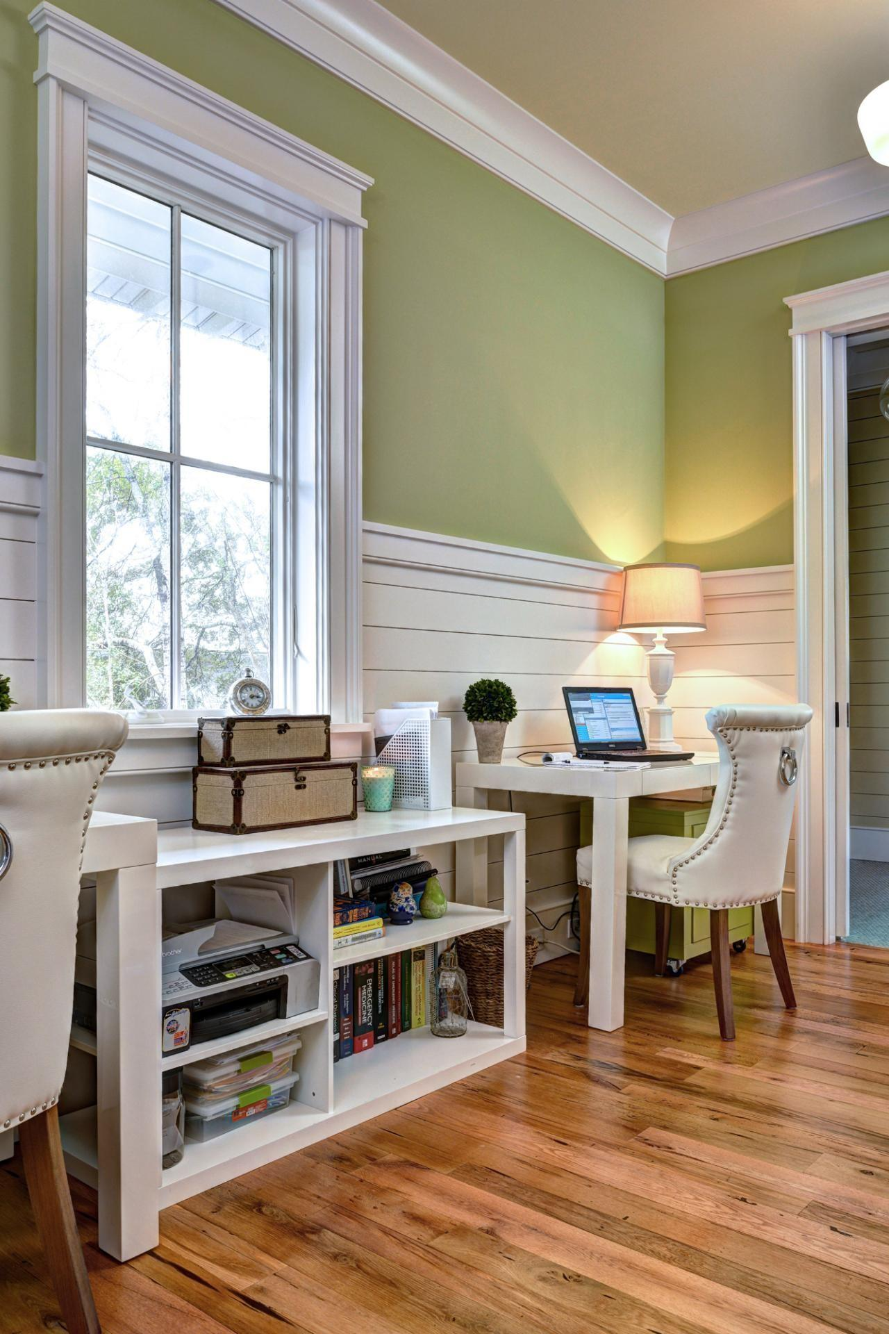 Presenting Beach Style Home Office Design Ideas