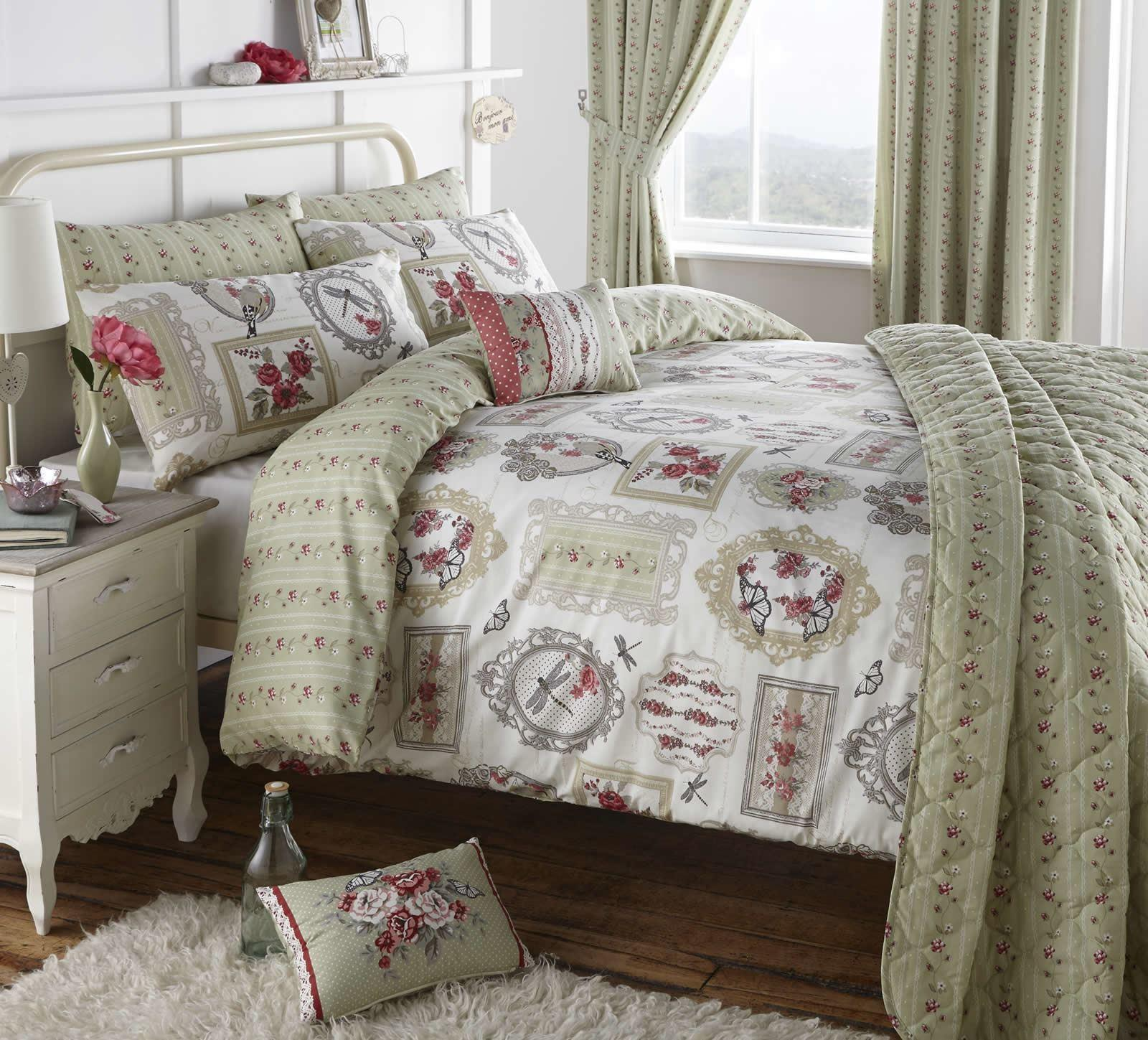 Pretty Vintage Style Duvet Cover Easy Care