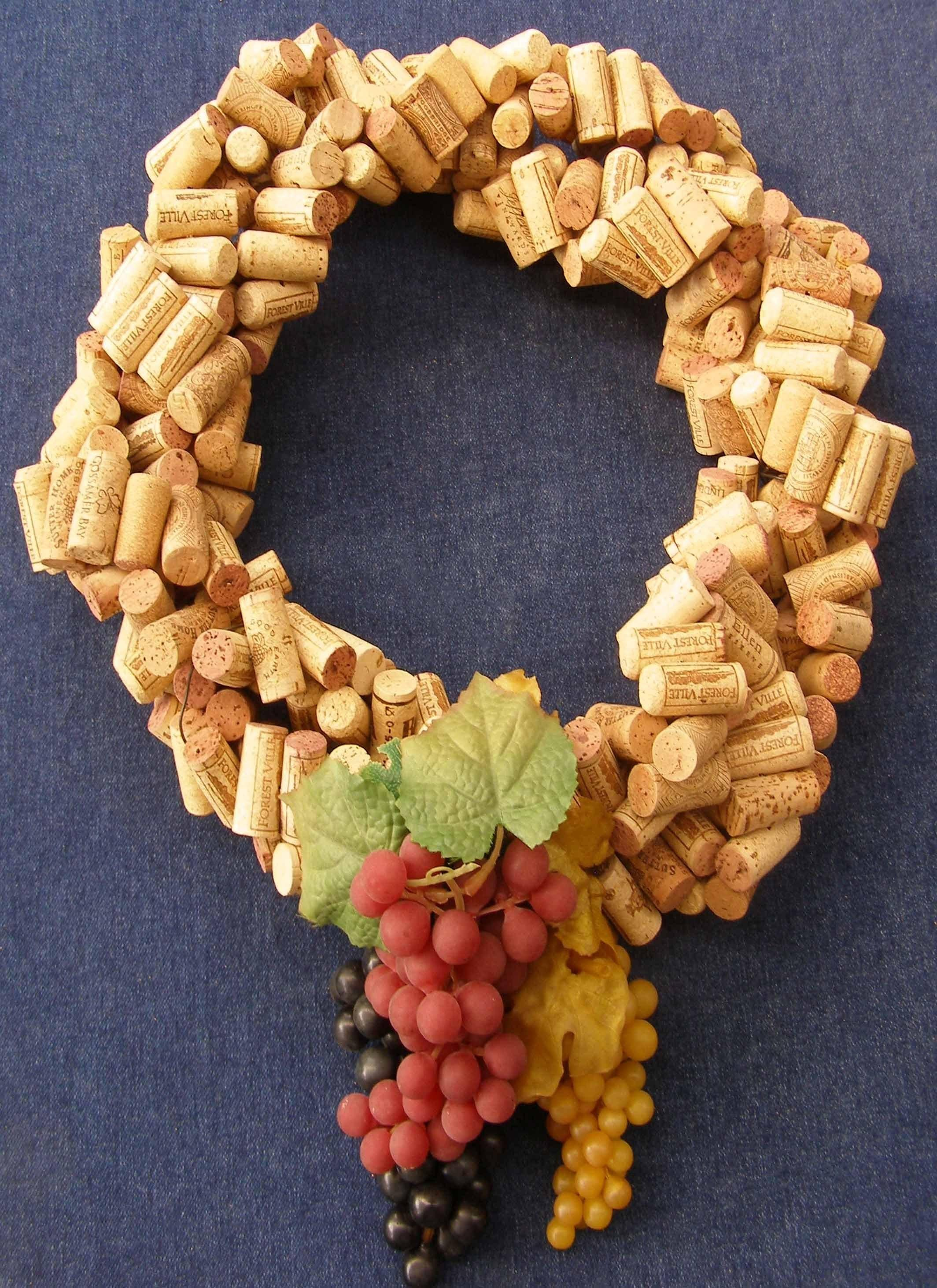 Quick Easy Make Wreath Recycled Wine Corks