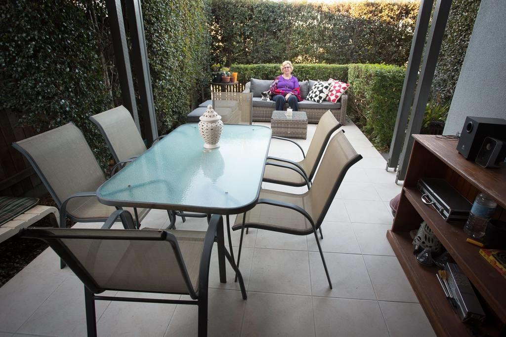 Quiet Space Town Home Close Chermside Hub