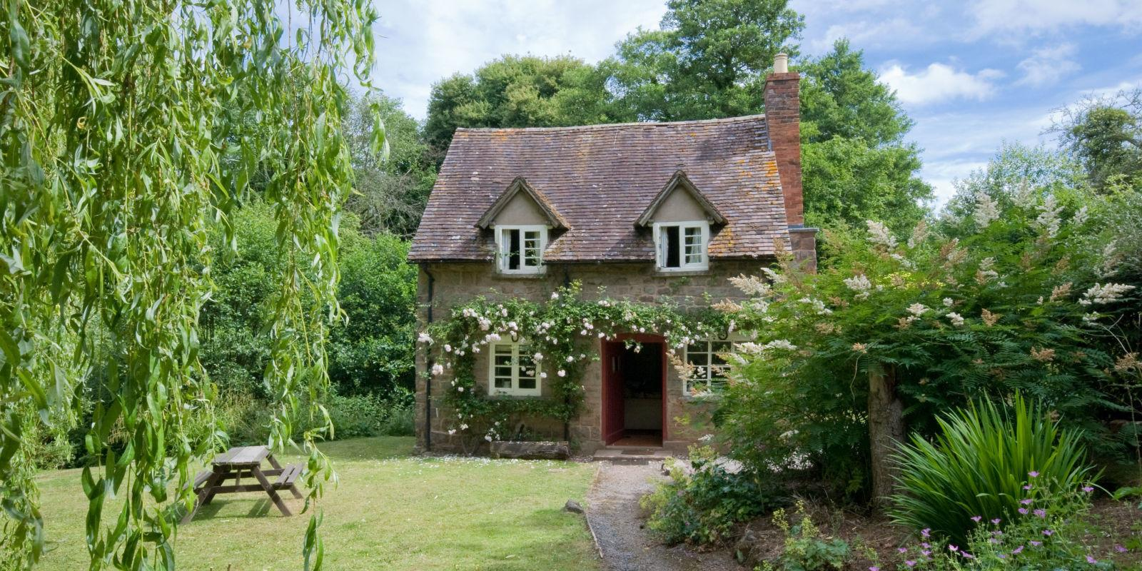 Quintessential English Country Cottage National