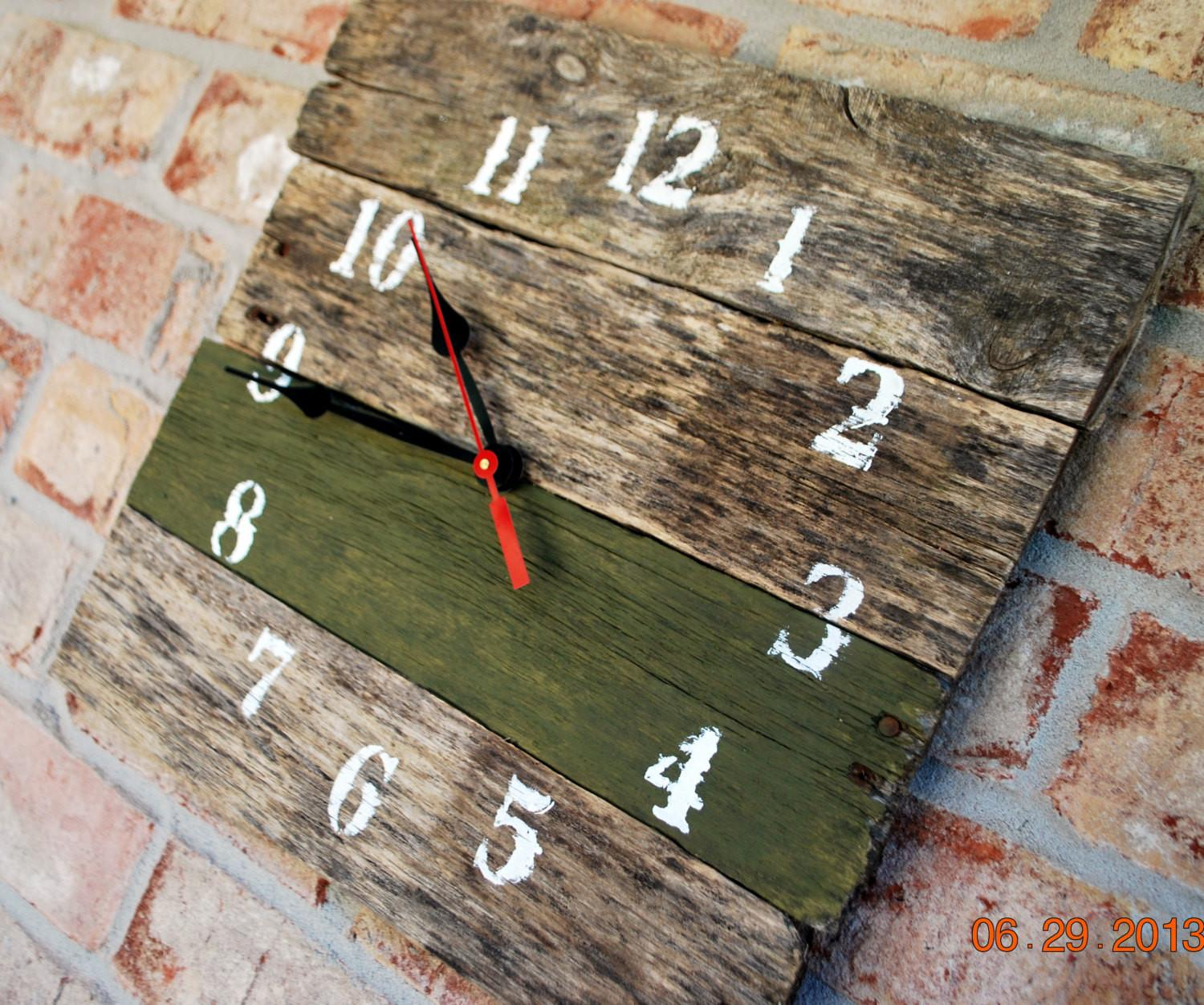 Reclaimed Aged Pallet Wood Wall Clock Hand Painted Upcycled